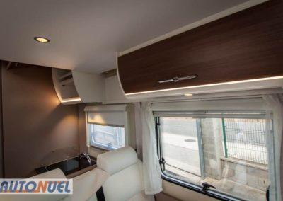 Alquiler de autocaravanas en Tarragona, Autocaravanas Auto Nuel; perfilada cama central matrimonio