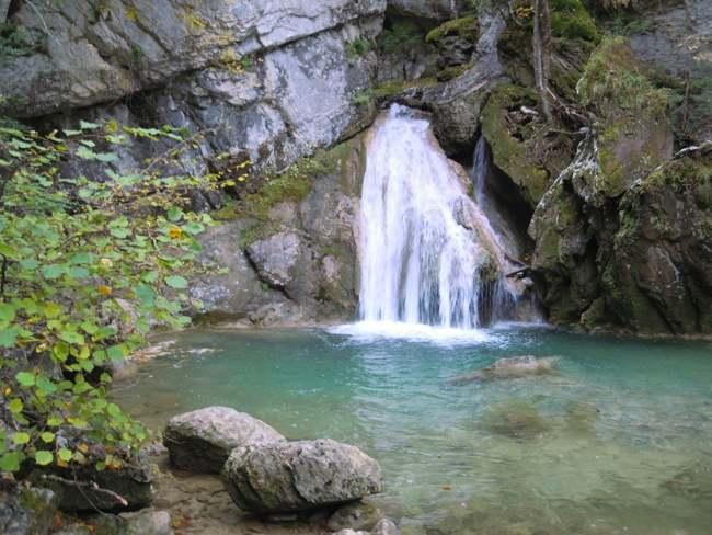 Cascada de Belabarce en el Valle de Belagua