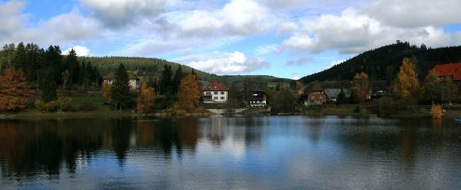 Lago Schluchsee. Selva Negra. Alemania