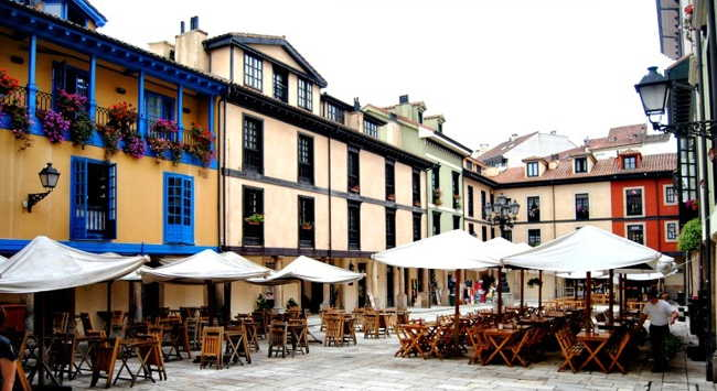 Plaza Fontan Oviedo