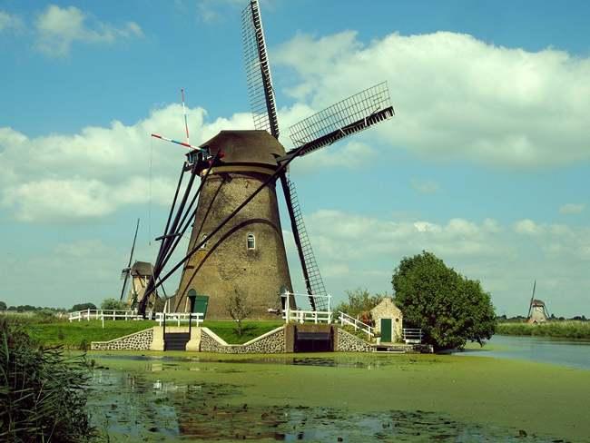 Molinos Kinderdijk. Holanda